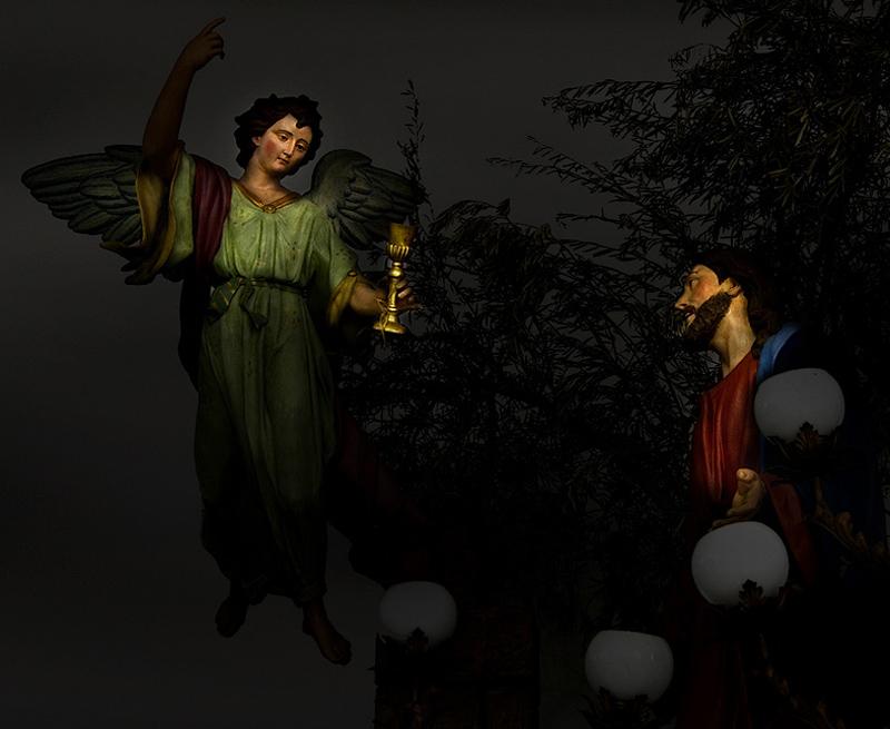 ...orazione nell'orto...  ...realizzato dai Biancardi nel 1884, appartiene alla categoria dei mugnai, è formato da due soli personaggi...