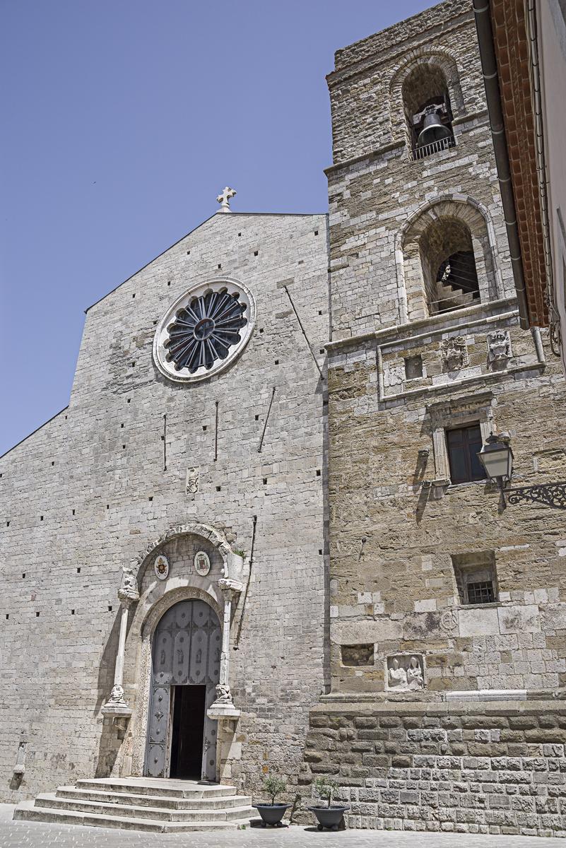 Cattedrale S.Maria Assunta e S. Canio vescovo